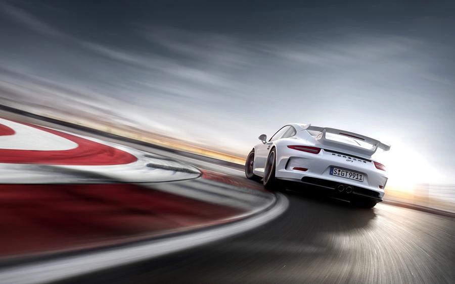 В Porsche 911 GT3