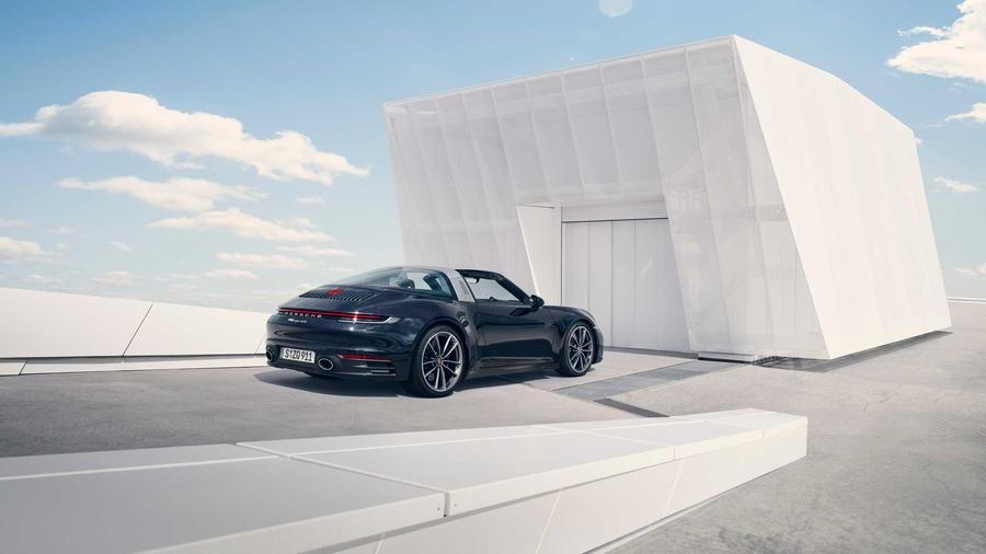 Новый спорткар Porsche 911 Targa: онлайн-премьера