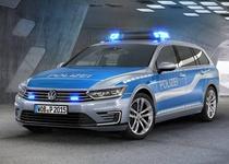 Немецкая полиция получила гибридный VW Passat GTE