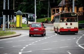 Президент подписал закон о перекрестках с круговым движением