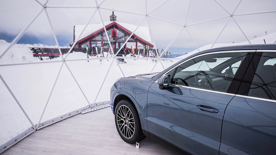 Highest Porsche pop-up store in the heart of the French Alps