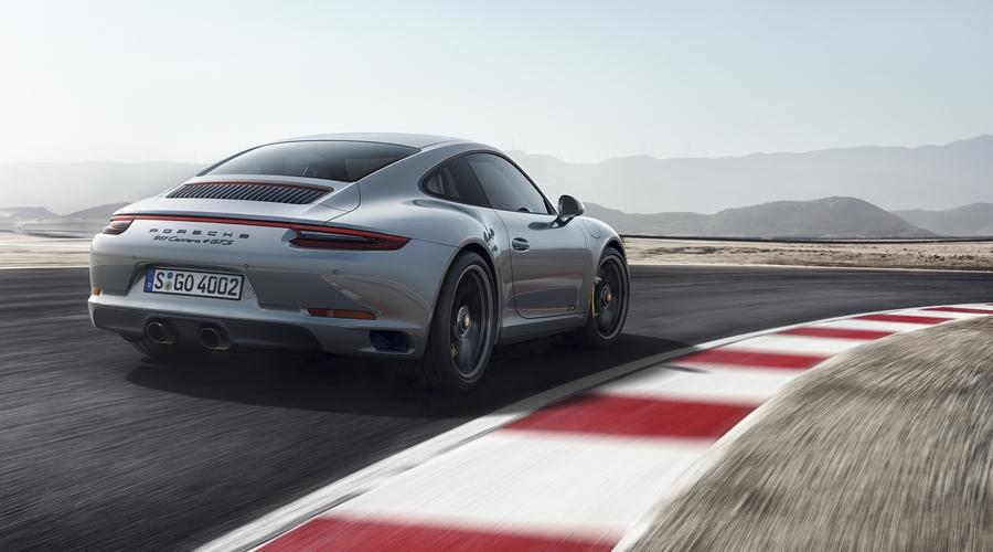 Порше озвучила рублевые цены наобновленные 911 GTS