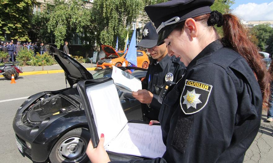 Новый закон отучит водителей спорить с полицейскими о причине остановки