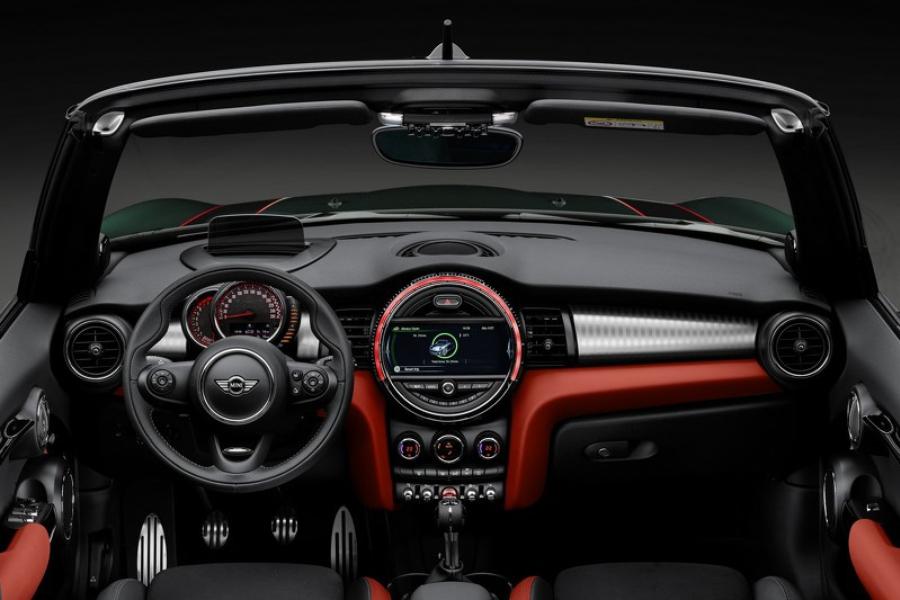 MINI Cooper Cabrio JCW
