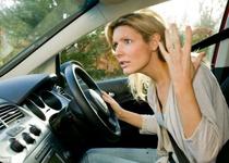 Половина британских автовладельцев не знает, куда заливать жидкость стеклоомывателя