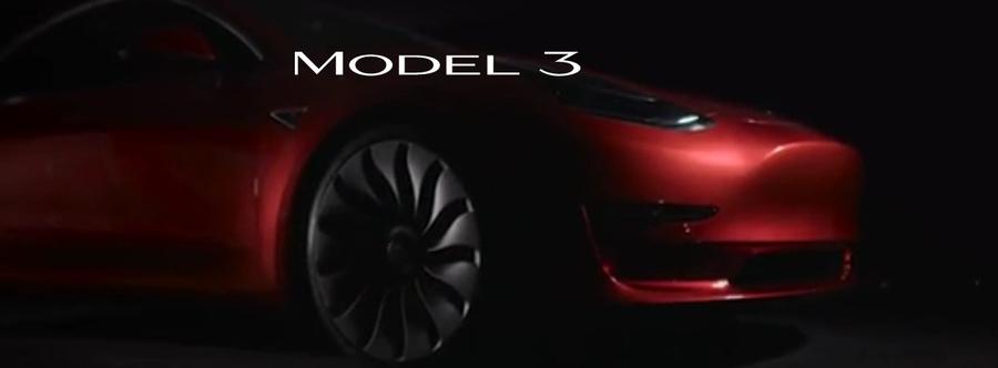 3835c7653437 Adidas пожаловался на «три полоски» в логотипе Tesla Model 3