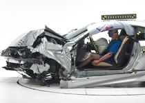В США определены самые безопасные автомобили года