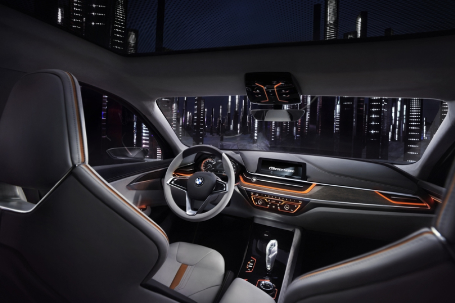 Интерьер BMW Compact Sedan Concept