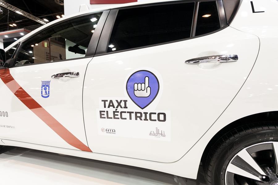 Nissan Leaf Madrid Taxi