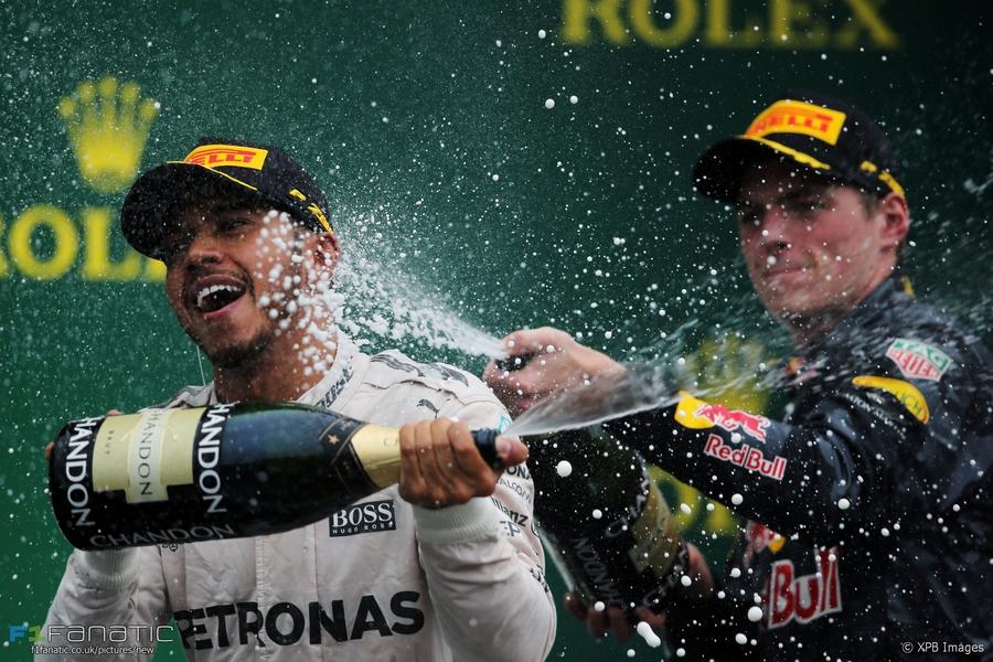 F1 Verstappen Red Bull Hamilton