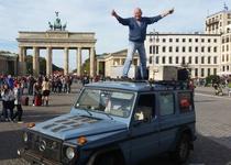 Немецкий автопутешественник проехал 884 000 км за 26 лет на Mercedes-Benz G-Class