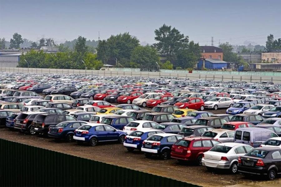 Автоимпортеры предлагают увеличить до 12 мес. срок хранения автомобилей на  таможенном складе