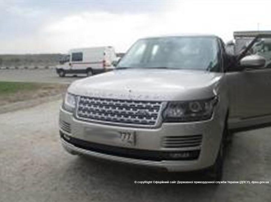 Range Rover с поддельными номерами