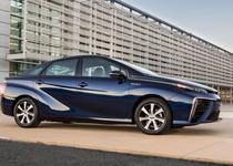 Серийный водородомобиль Toyota Mirai поступил в продажу