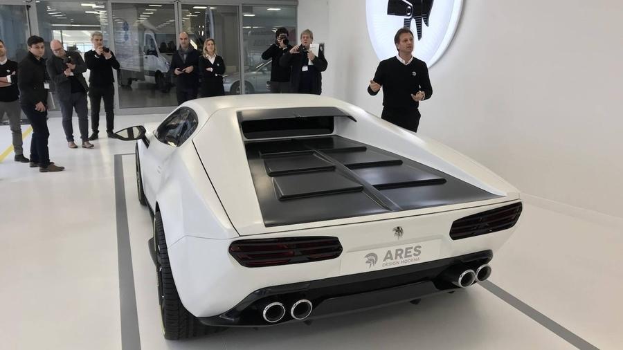 Ares Design желает сделать Феррари GTC4Lusso сретро-мотивами