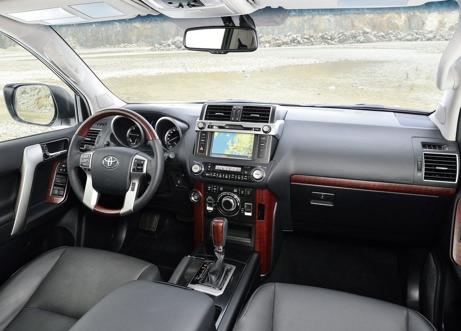 Toyota Land Crusier Prado интерьер