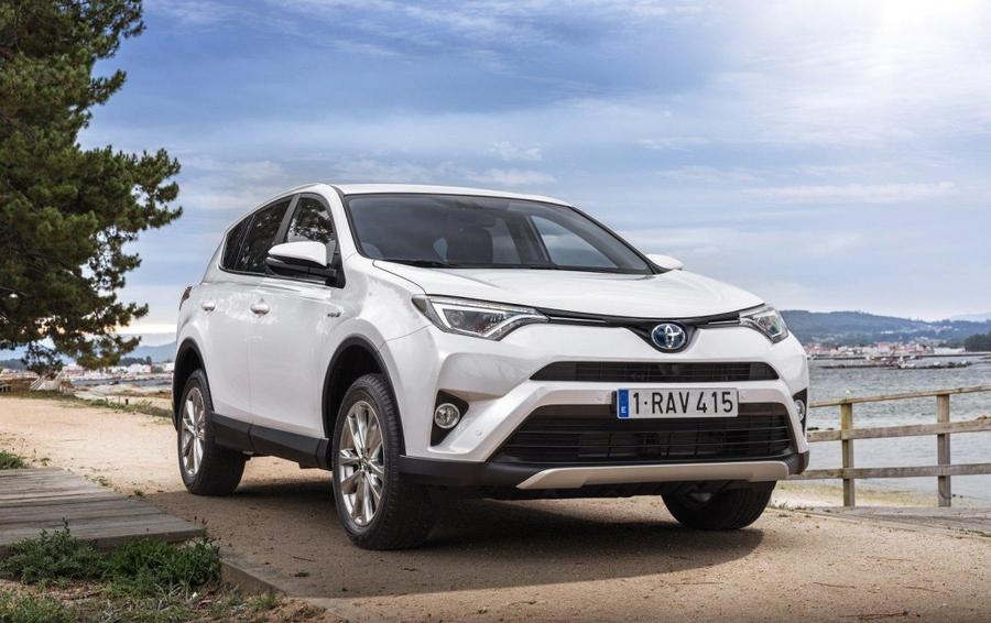 Toyota RAV-4 - лидер продаж в Харьковской области