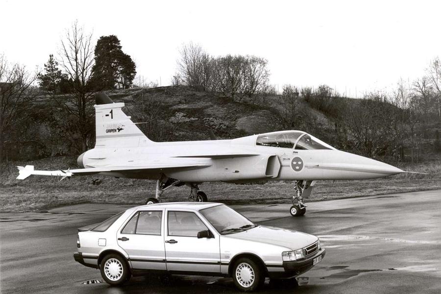 Saab будет использовать в собственных автомобилях военные технологии