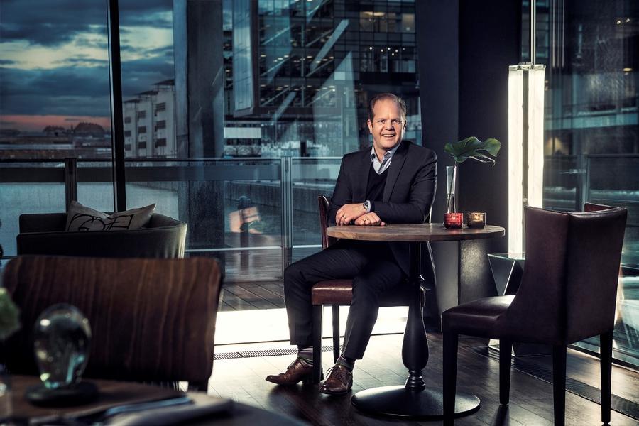 Руководитель отдела производственной стратегии по грузовым автомобилям средней грузоподъемности Volvo Trucks Йонас Одермальм