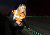 В Нидерландах открыто шоссе со светящейся разметкой