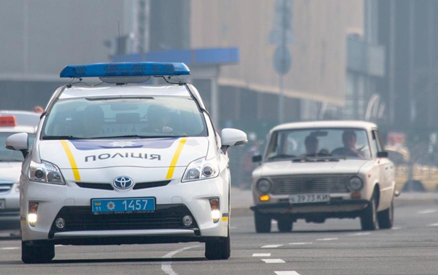 Увеличить штрафы, выдавать «права» на два года: МВД обещает навести порядок на дорогах