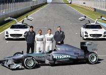 Уборщики в команде F1 Mercedes AMG получат по 16 тысяч долларов премий