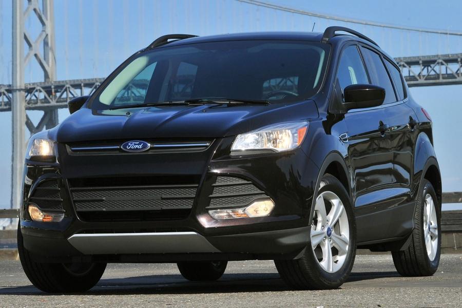 Дорестайлинговый Ford Escape