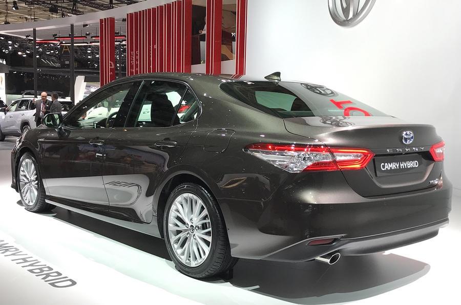 Toyota Camry Hybrid Euro