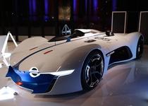 Alpine показала в игре прототип серийного суперкара
