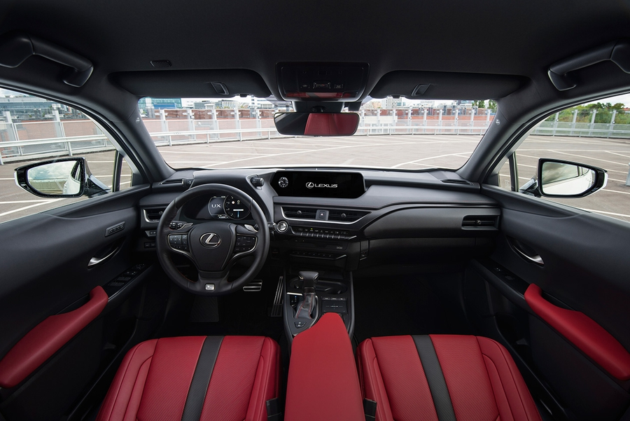 Lexus UX 200 F Sport