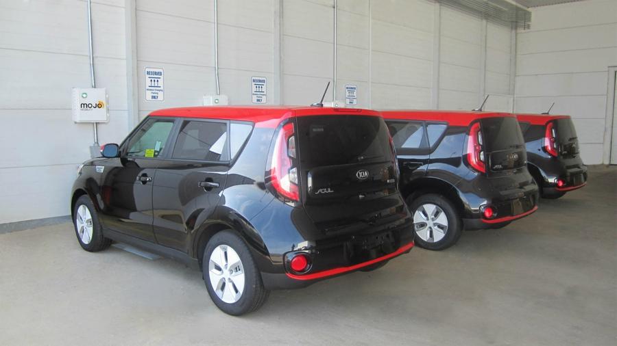 Kia Soul EV Wireles Charging Concept