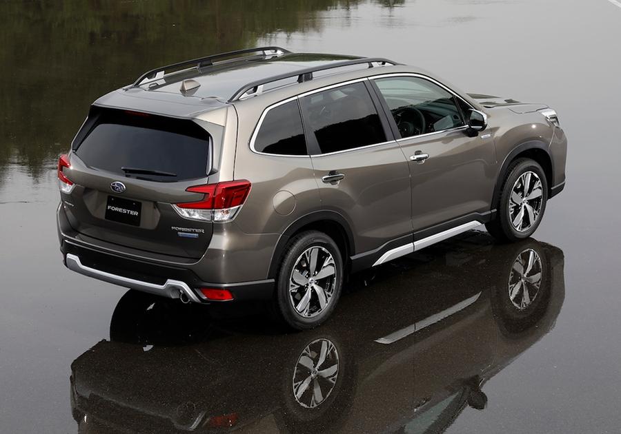 Новый Subaru Forester стал гибридом