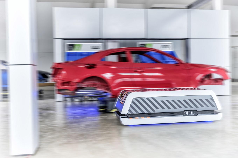 Audi предрекла отказ от конвейерного производства