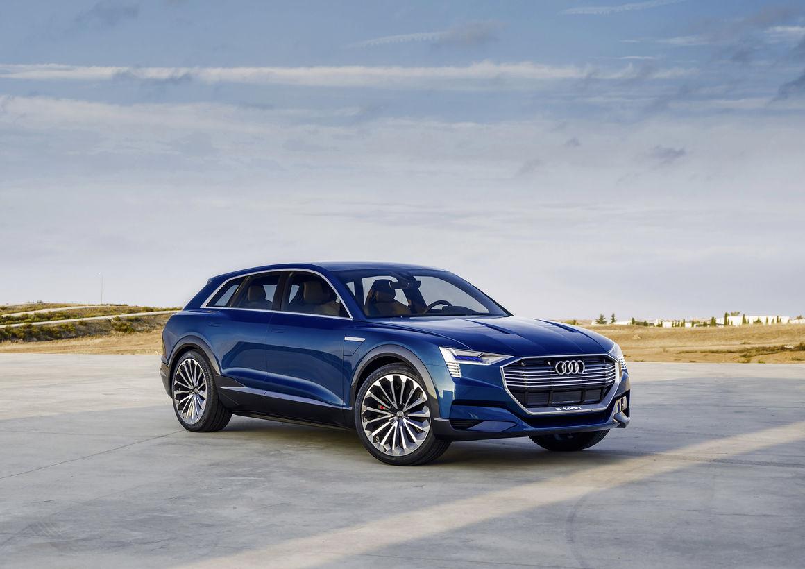 Конкурент Tesla Model X от Audi появится в 2018 году