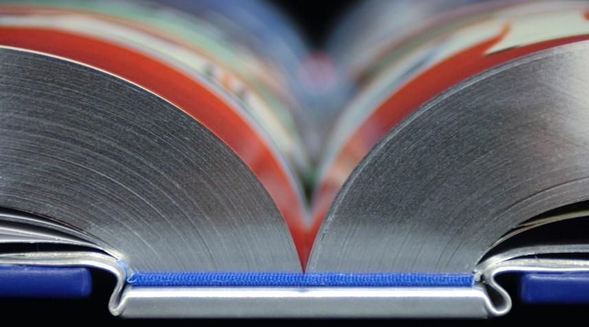 Bentley выпустит 30-килограммовую книгу о истории марки