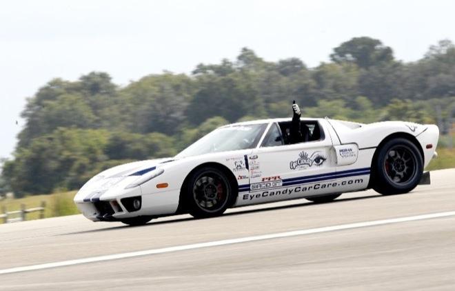 ВИДЕО: Форд ДжиТи определил свежий рекорд скорости