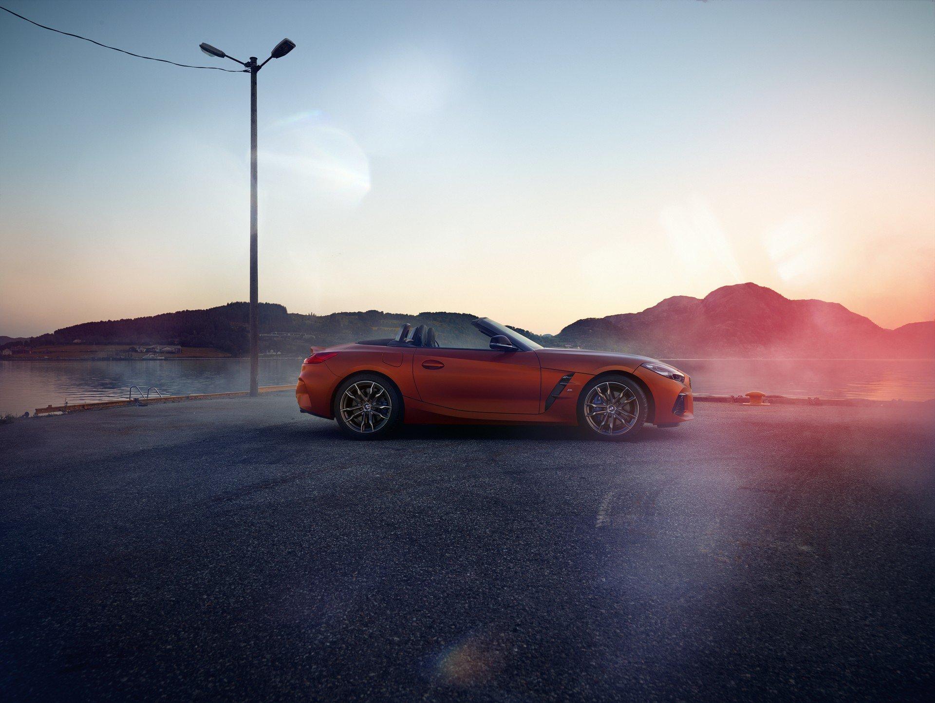 Новый BMW Z4: есть первые официальные фотографии