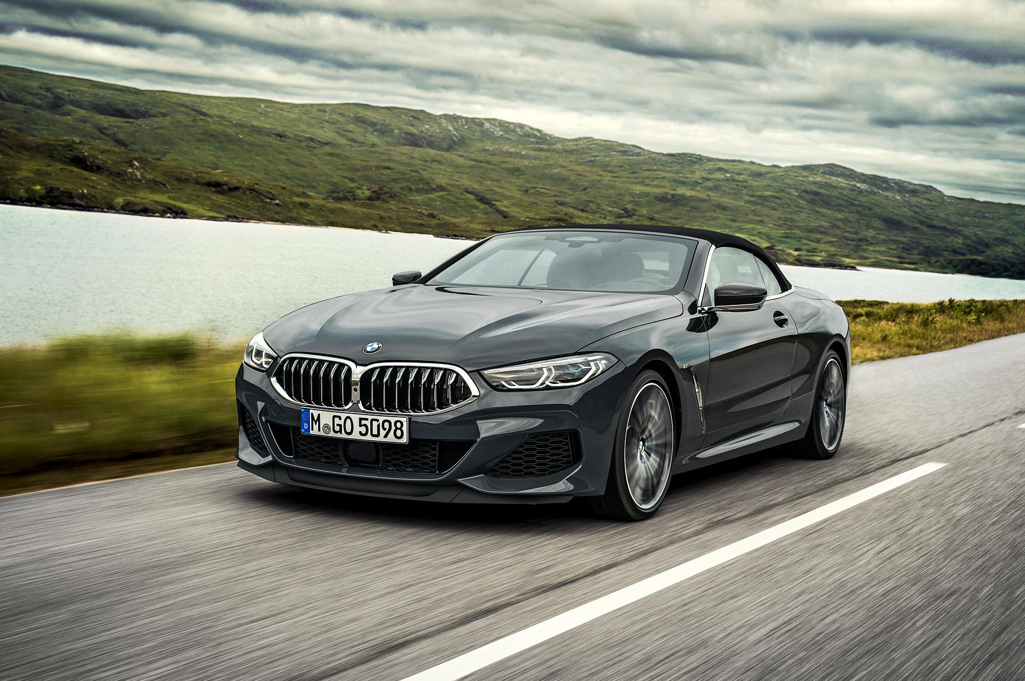 BMW представила кабриолет 8 Series