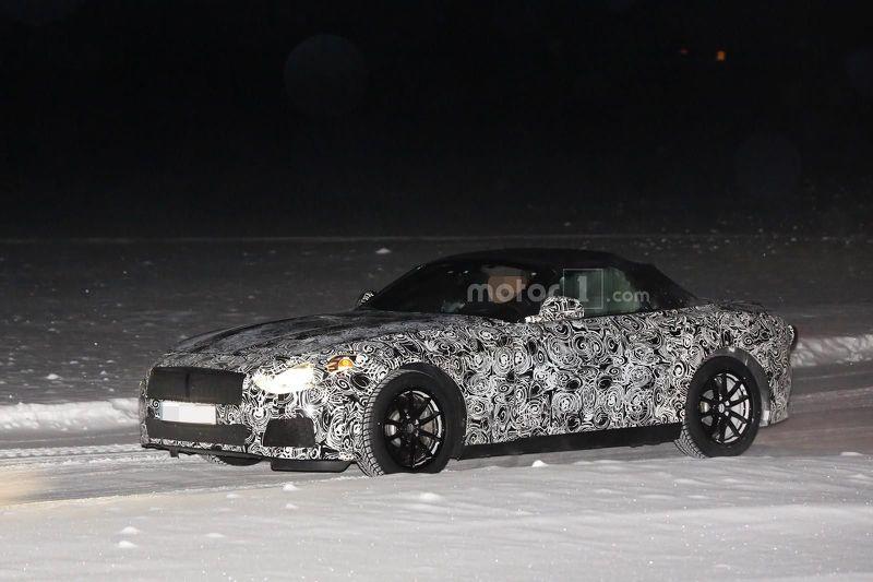 Совместная модель BMW и Toyota выехала на зимние тесты
