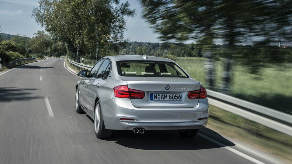 BMW 3 Series 330e