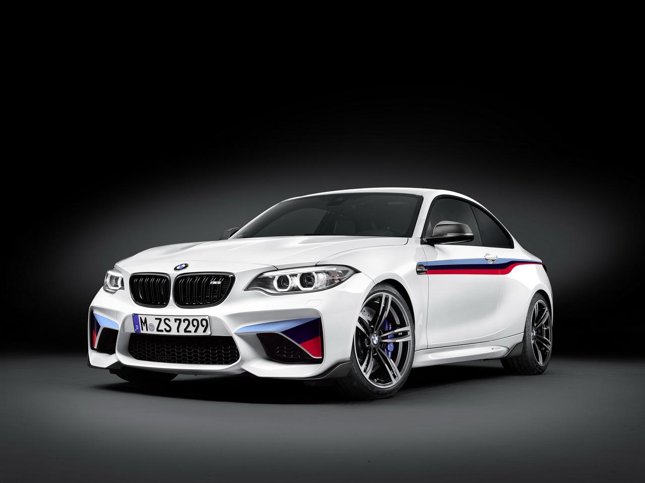 BMW M2 получил управление выхлопом по Bluetooth