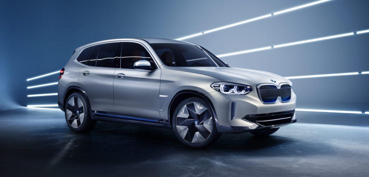 BMW открыла предзаказ на электрокроссовер iX3