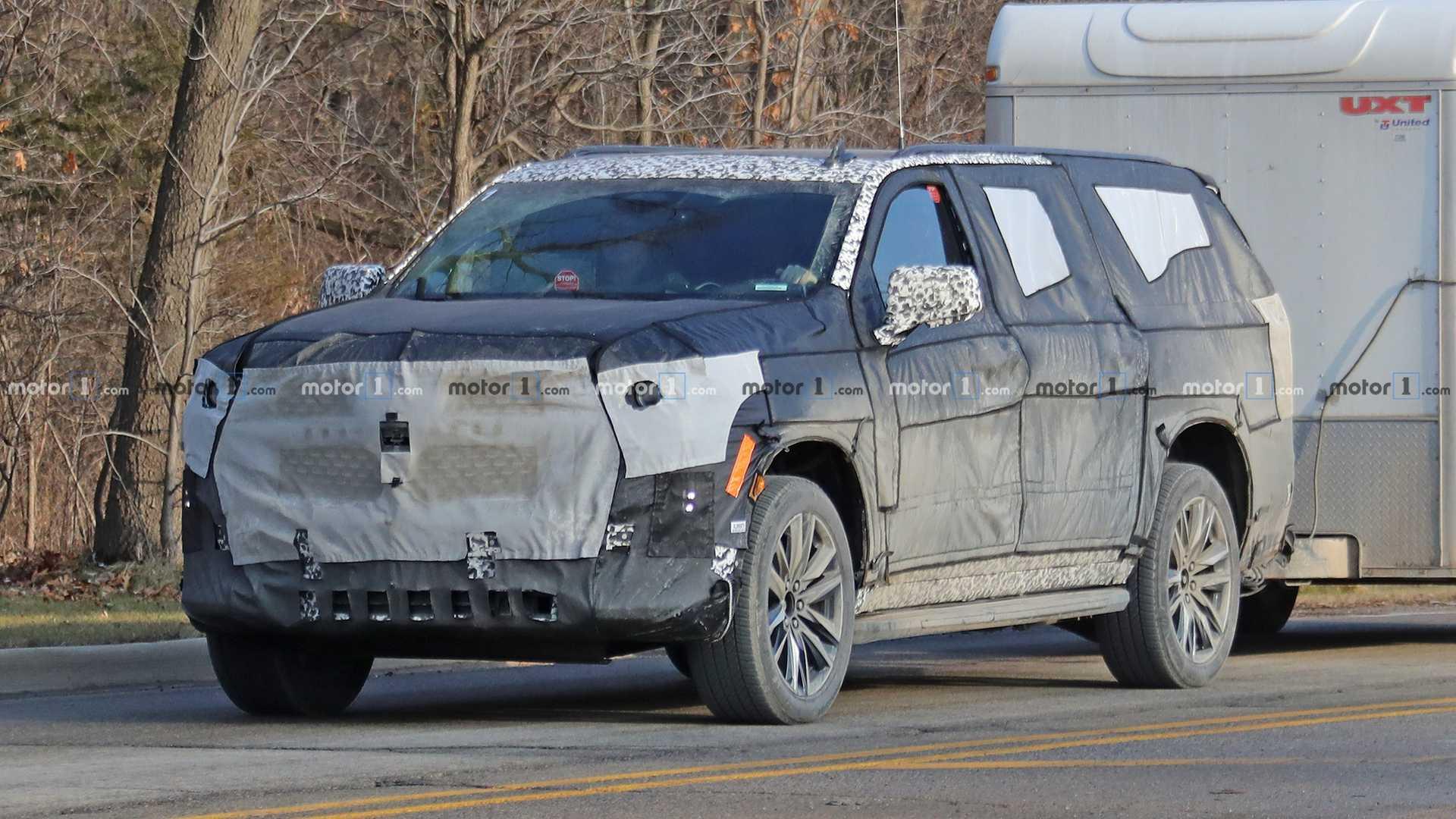 Внедорожник Cadillac Escalade нового поколения вывели на тесты