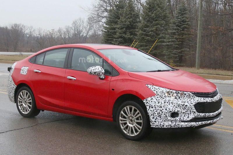 На дорогах замечен первый гибридный Chevrolet Cruze