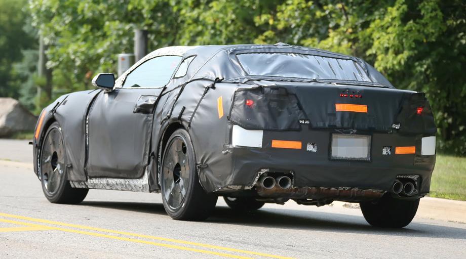 Chevrolet Camaro spy