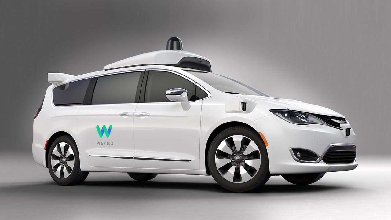 Google и Chrysler построили беспилотный минивэн Waymo