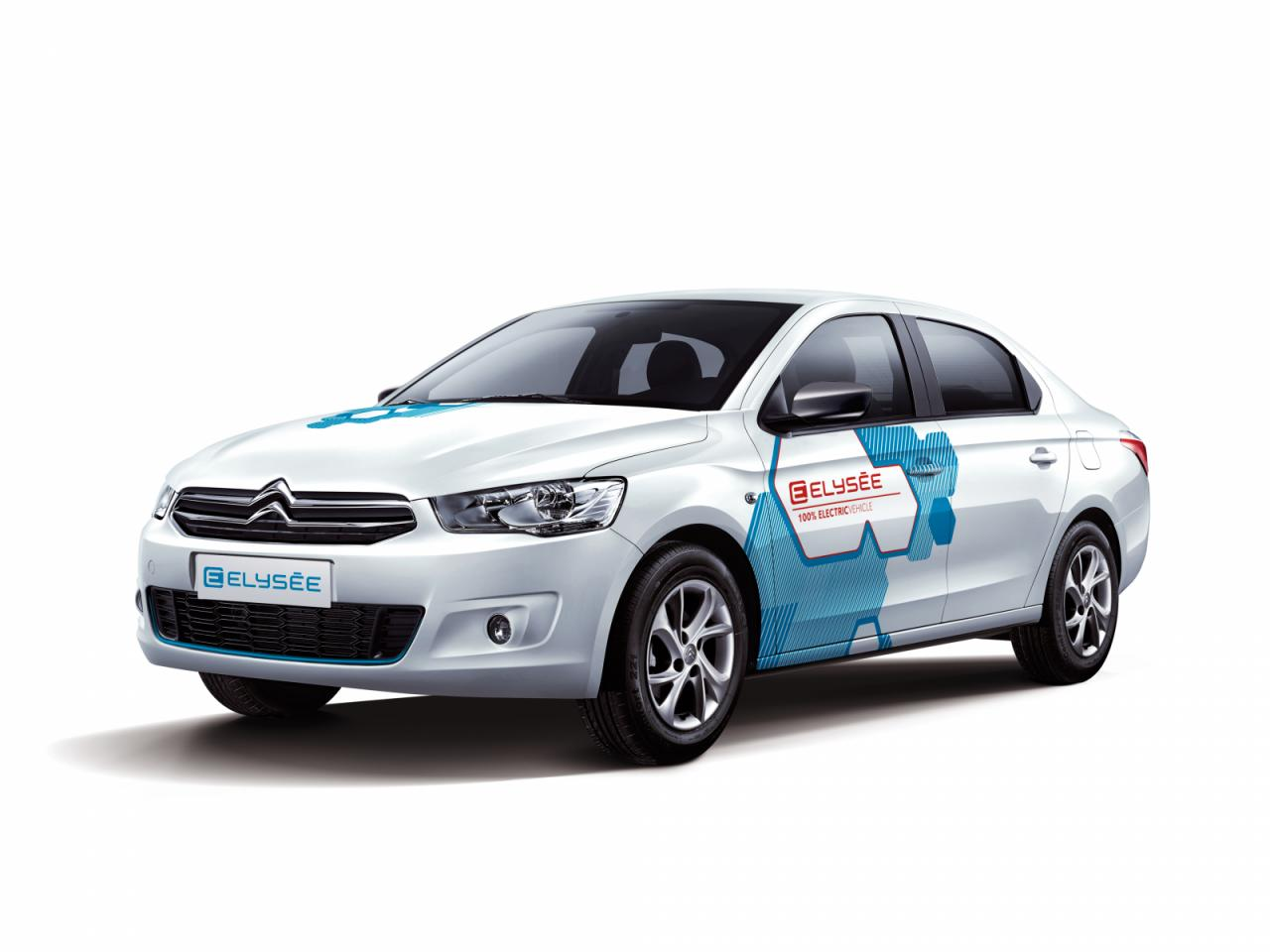 Седан Citroën C-Elysee стал серийным электромобилем