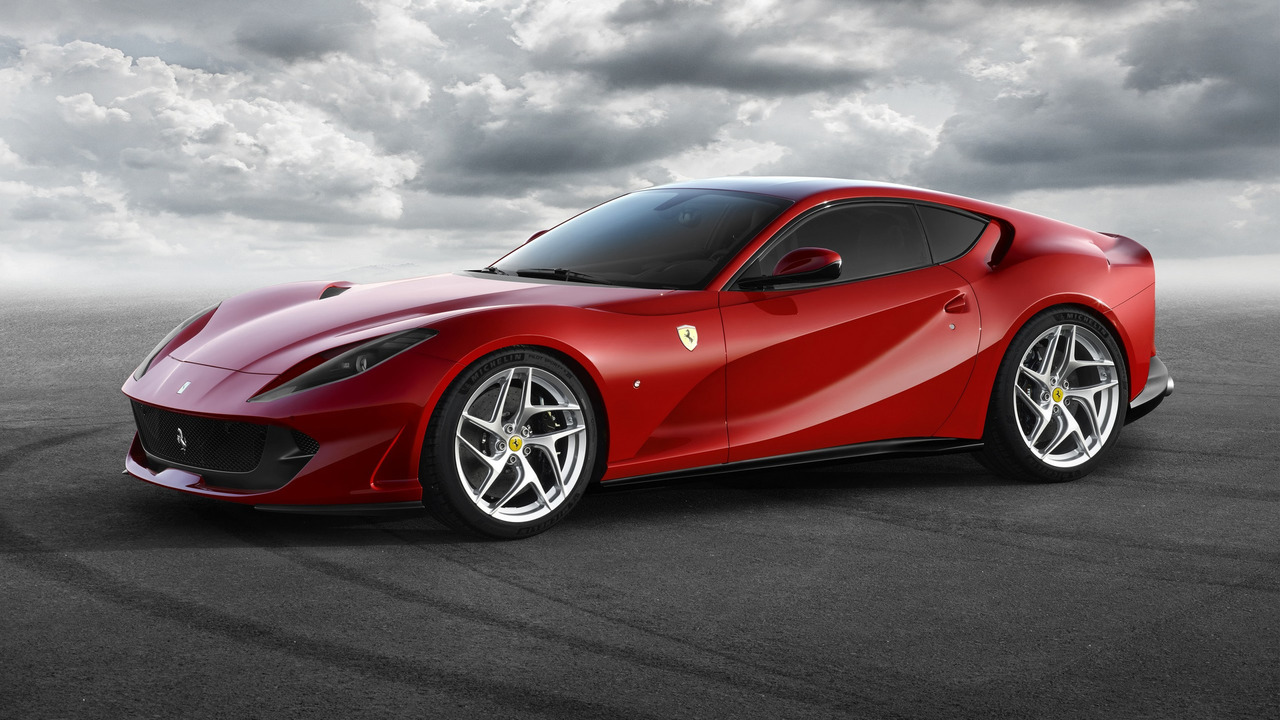 Представлен Ferrari 812 Superfast – самый мощный негибридный Ferrari
