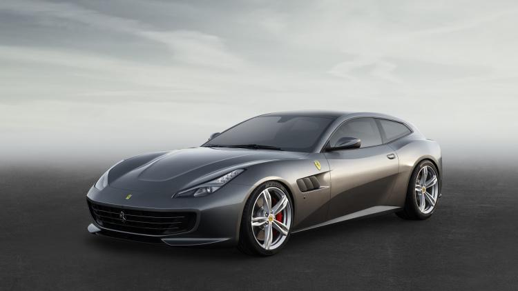 Новый четырёхместный Ferrari получил имя GTC4 Lusso