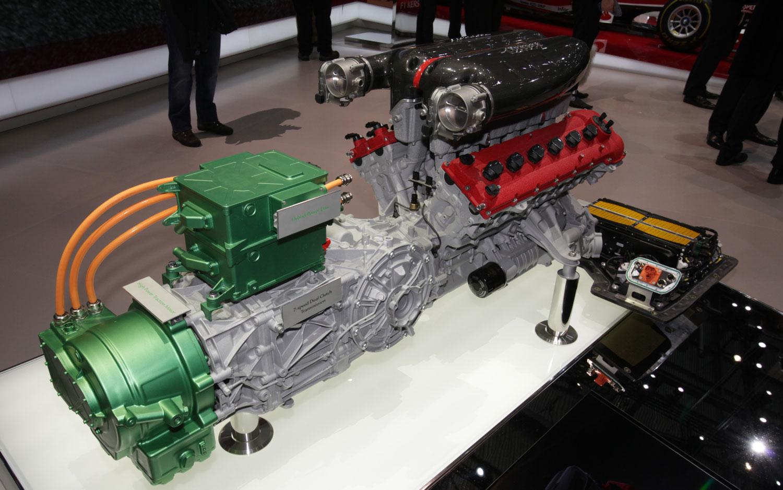 Ferrari переведет модельный ряд на гибридные установки